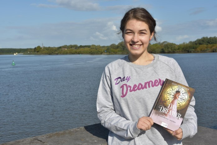 "Luna's boek ""Daydreamer"""